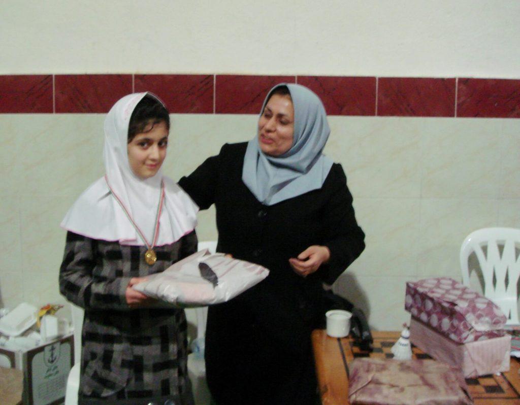 کسب قهرمانی در ولین مسابقات دانش آموزی خانم نیلوفر یوسف زاده