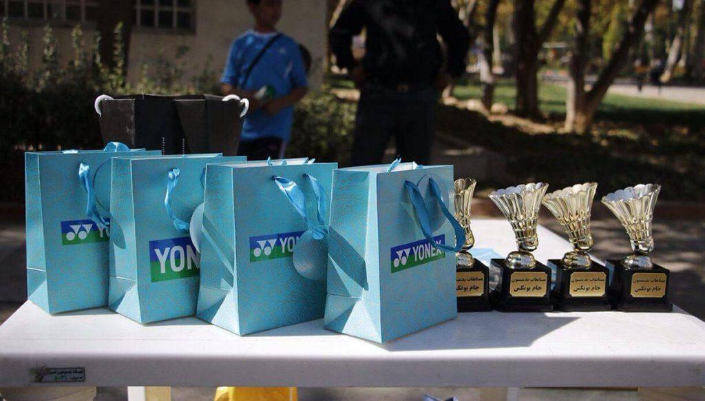 اولين دوره مسابقات بدمينتون فضاي باز جام يونكس در شيراز