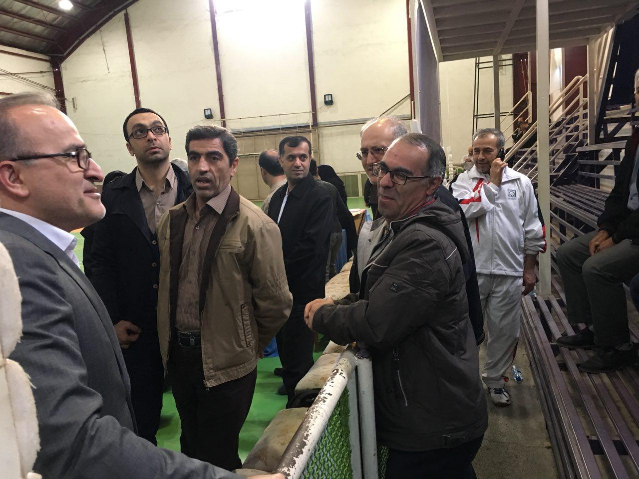 گفتگوی صمیمانه مهندس حسینی ، مدیر کل آب شهری استان گیلان با ورزشکاران شرکت کننده